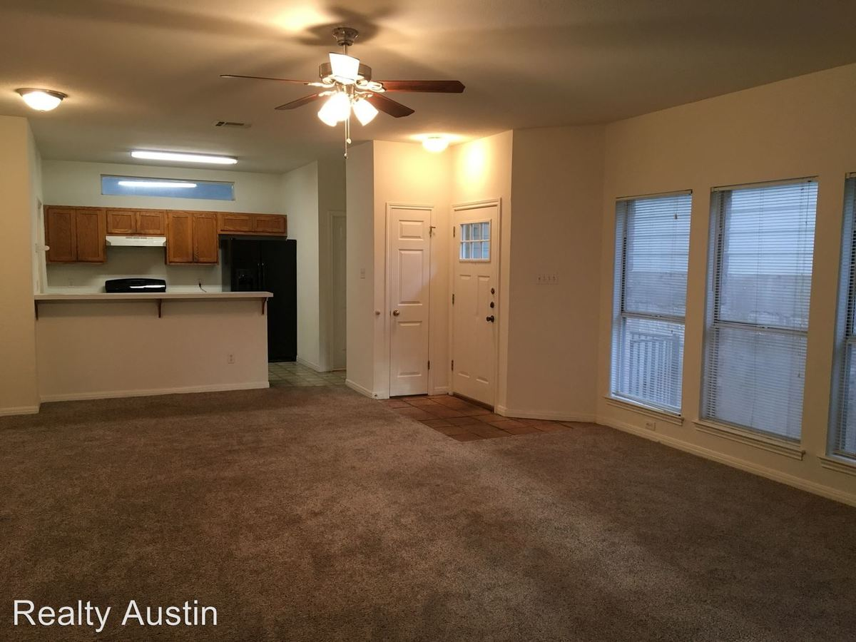 3 Bedrooms 2 Bathrooms Apartment for rent at 2710 San Pedro Street in Austin, TX