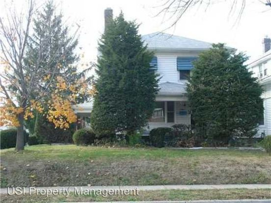 2 Bedrooms 1 Bathroom Apartment for rent at 4002 Rookwood Ave in Indianapolis, IN