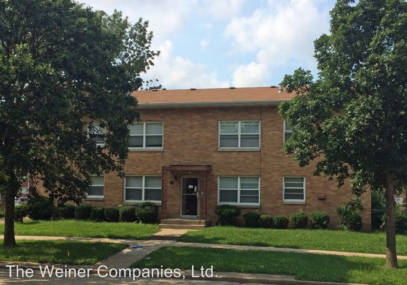 1 Bedroom 1 Bathroom Apartment for rent at 212 E. John St. in Champaign, IL