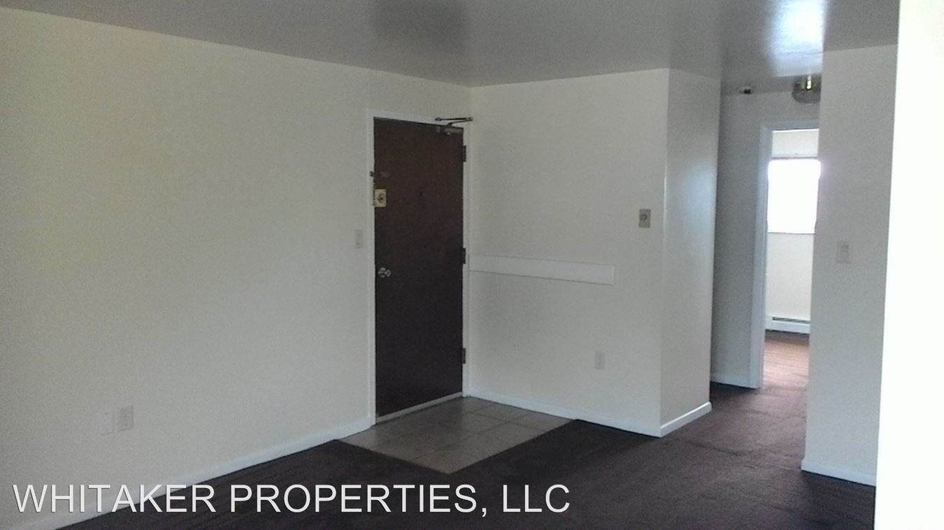 2 Bedrooms 1 Bathroom Apartment for rent at 153 N. Dixie Drive in Vandalia, OH