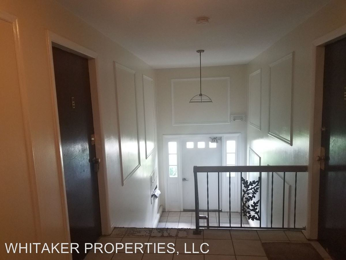 2 Bedrooms 1 Bathroom Apartment for rent at 4843-4865 Northcliff And 4860-4880 Springfield St in Dayton, OH
