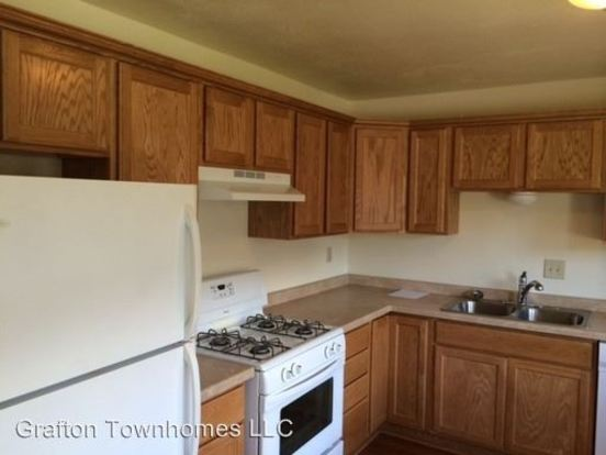 3 Bedrooms 2 Bathrooms Apartment for rent at 1801 1847 1st Avenue 102 226 Falls Rd. in Grafton, WI