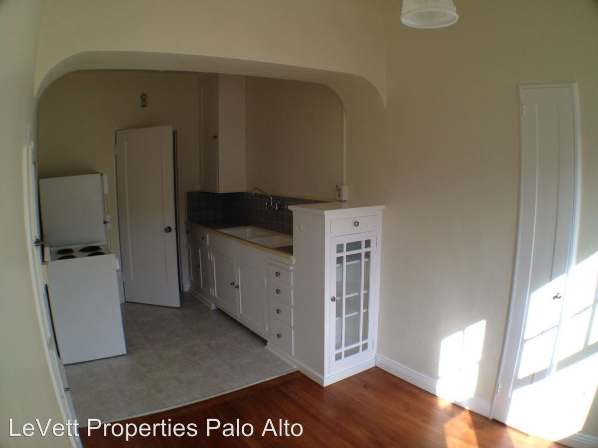 Studio 1 Bathroom Apartment for rent at 530 Webster St in Palo Alto, CA