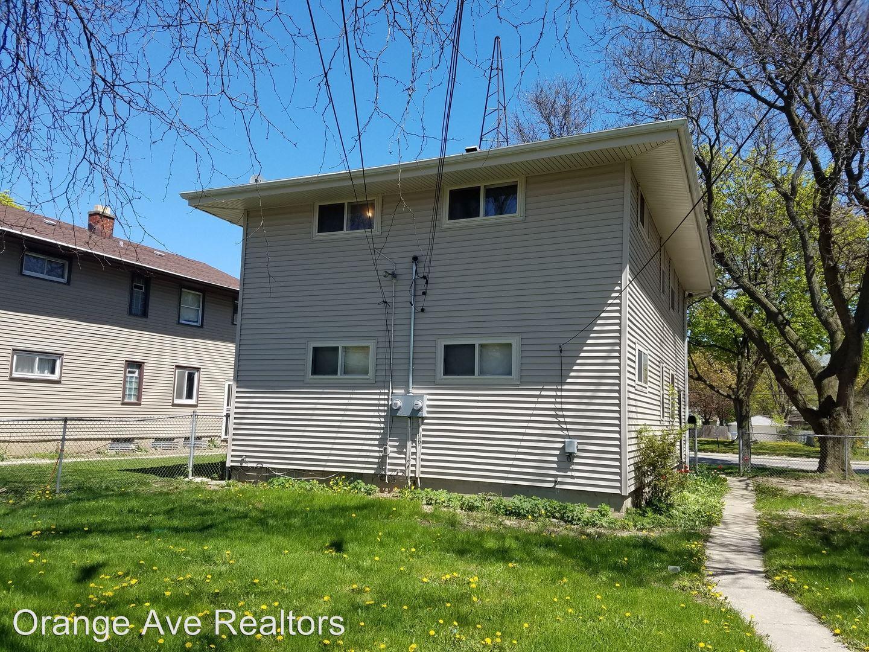 Similar Apartment at 5649 51 N 60th Street
