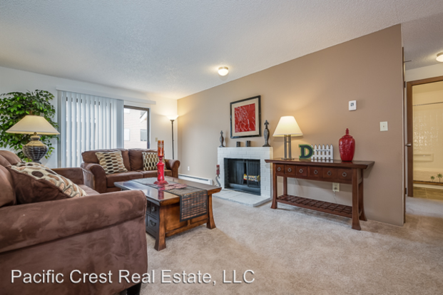 1 Bedroom 1 Bathroom Apartment for rent at Crystal Springs 702 W. Casino Road in Everett, WA