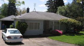 Similar Apartment at 5404 Sw Illinois Street