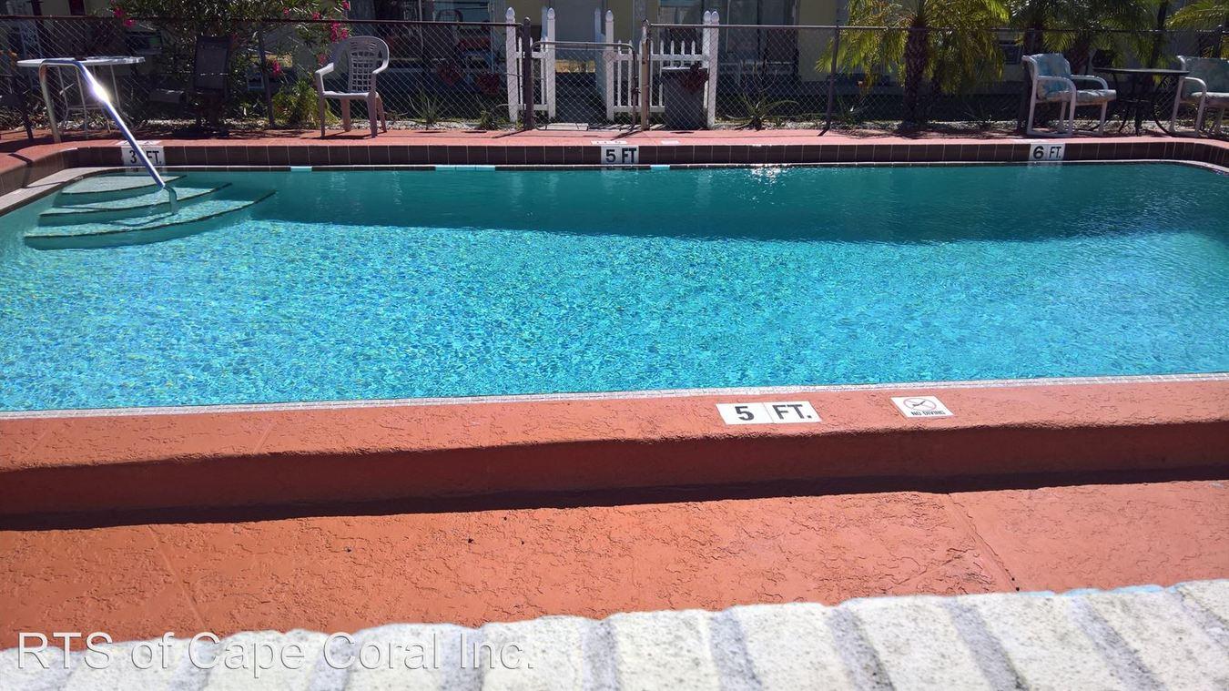 Studio 1 Bathroom Apartment for rent at 4913 Vincennes Ct in Cape Coral, FL