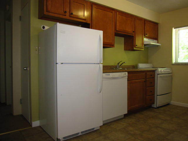 1 Bedroom 1 Bathroom Apartment for rent at Oakview Apartments in Edgewood, PA