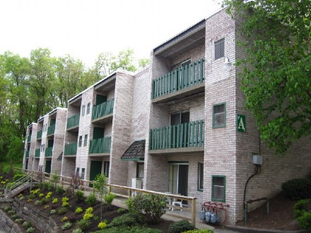 2521 Milligan Way - This is a Swissvale Apartment located at 2521 Milligan Way