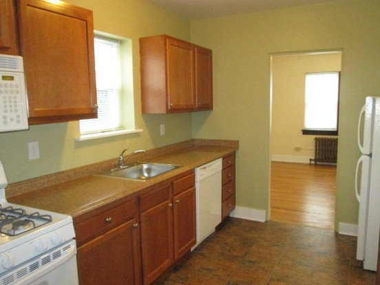 1 Bedroom 1 Bathroom Apartment for rent at Hillsdale Apartments in Dormont, PA