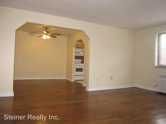 2 Bedrooms 1 Bathroom Apartment for rent at Treeheaven Apartments in Pittsburgh, PA