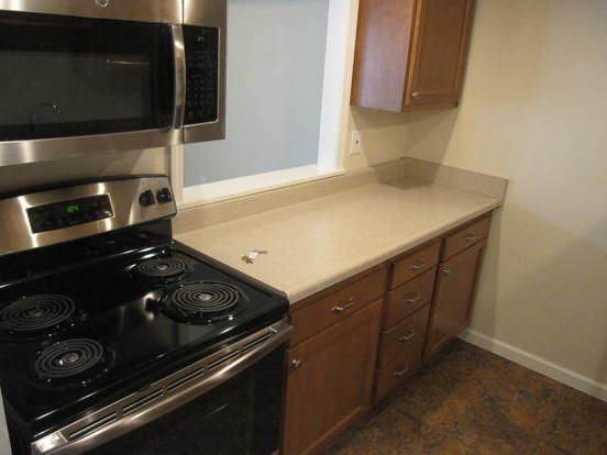 2 Bedrooms 1 Bathroom Apartment for rent at 564 South Trenton Avenue in Pittsburgh, PA