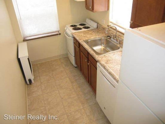 2 Bedrooms 1 Bathroom Apartment for rent at 219 Lincoln Avenue in Bellevue, PA
