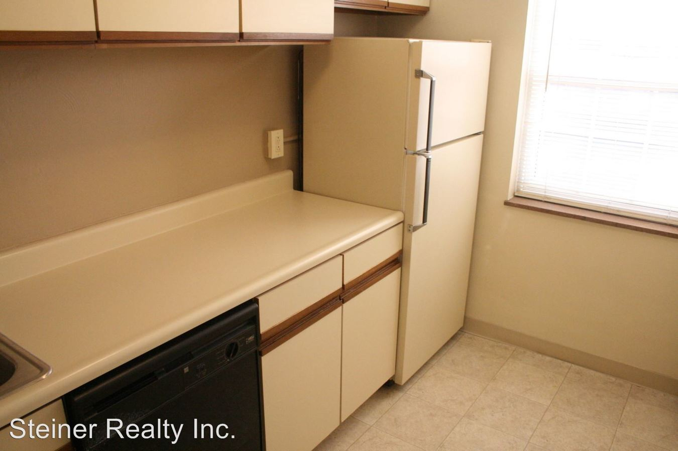 1 Bedroom 1 Bathroom Apartment for rent at 320 Ohio River Boulevard in Sewickley, PA