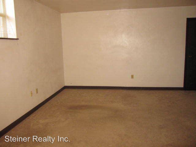 Studio 1 Bathroom Apartment for rent at Ridgeview School Apartments in Coraopolis, PA