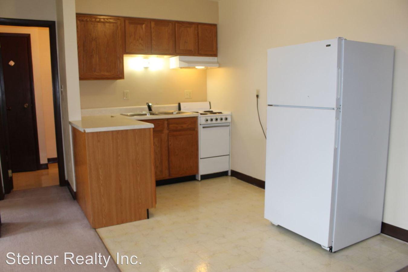 1 Bedroom 1 Bathroom Apartment for rent at Ridgeview School Apartments in Coraopolis, PA