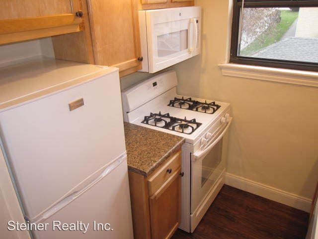 Studio 1 Bathroom Apartment for rent at Baywood Apartments in Mt Lebanon, PA