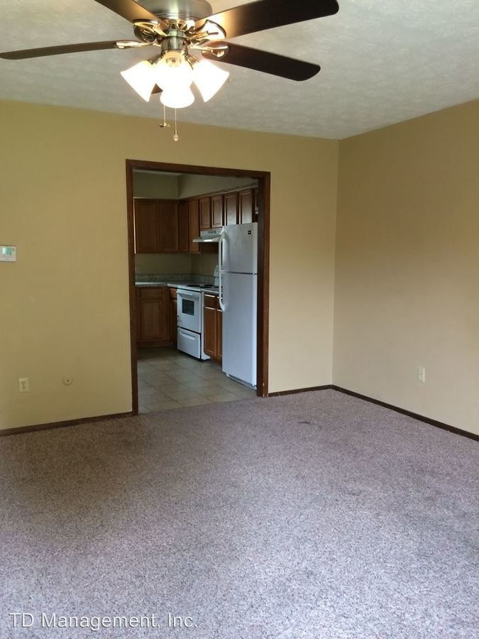 2 Bedrooms 1 Bathroom Apartment for rent at 500 W Walnut Lawn in Springfield, MO