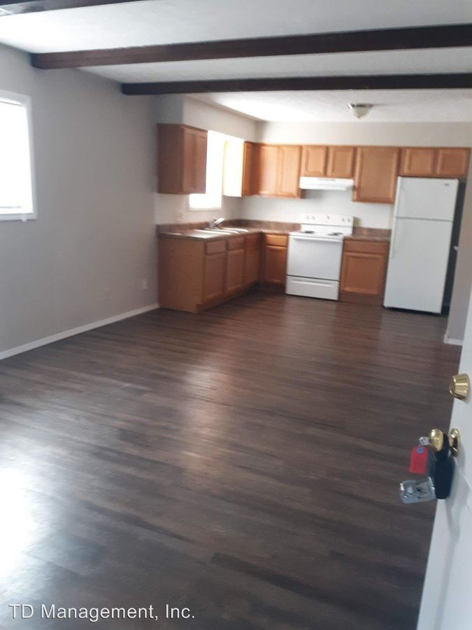 1 Bedroom 1 Bathroom Apartment for rent at 500 W Walnut Lawn in Springfield, MO