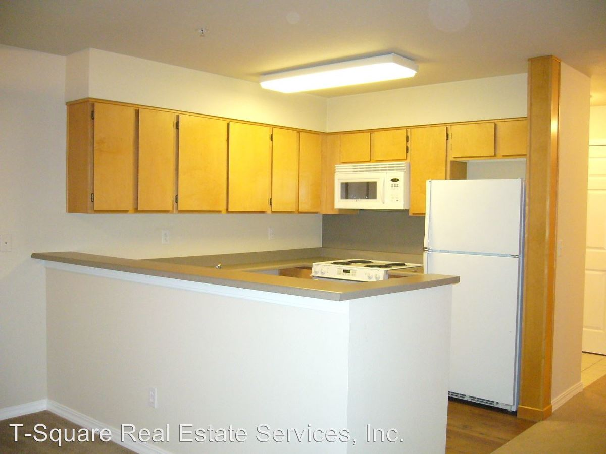 3 Bedrooms 2 Bathrooms Apartment for rent at 9525 Ne 180th St. in Bothell, WA