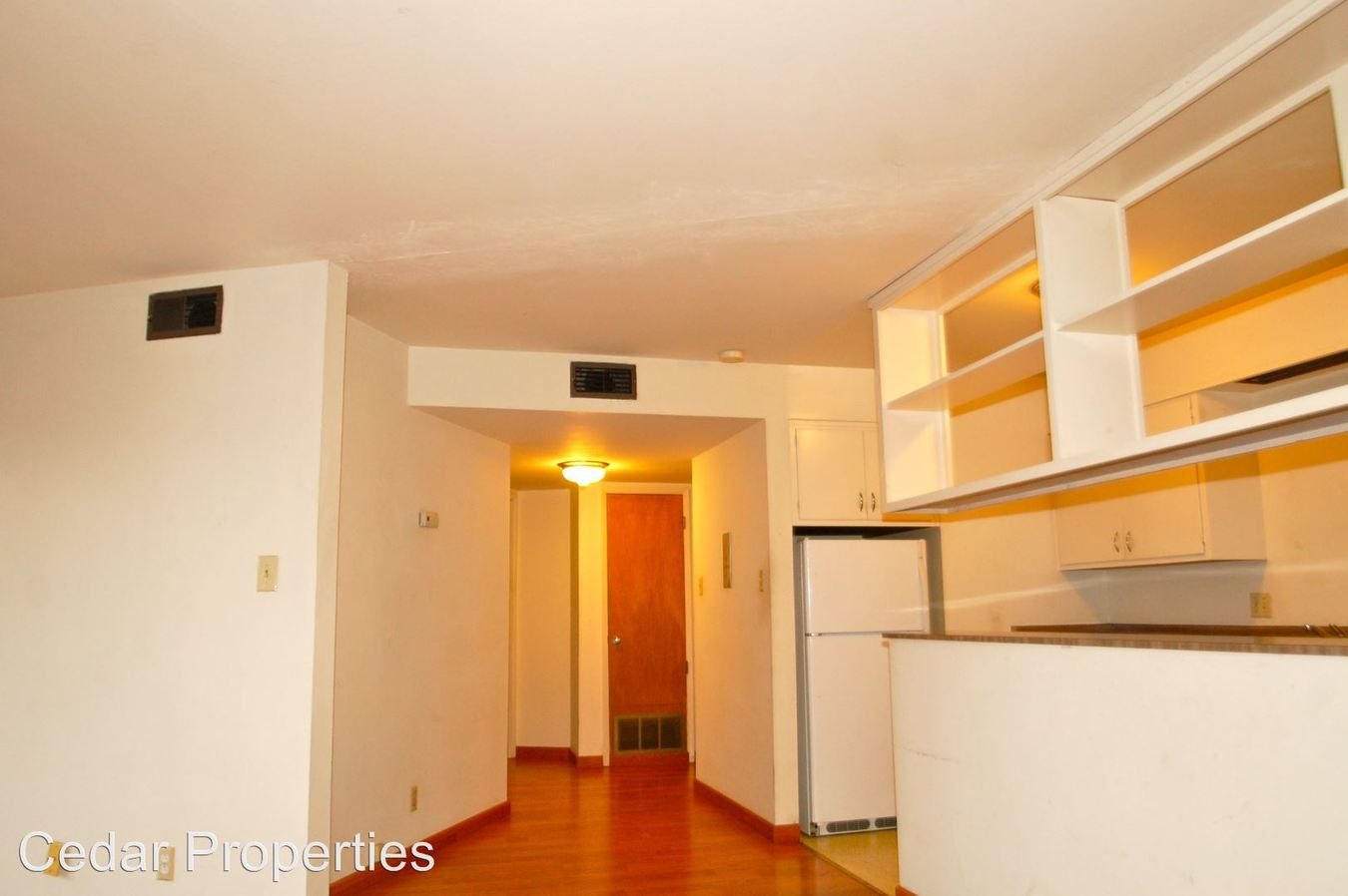 2 Bedrooms 1 Bathroom Apartment for rent at 740 Oakland Avenue in Oakland, CA
