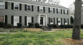 Similar Apartment at 557 Wakefield Dr