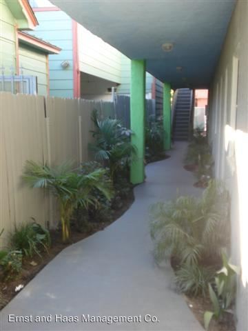 Studio 1 Bathroom Apartment for rent at 1101 Cherry Ave. in Long Beach, CA
