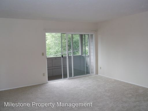 2 Bedrooms 1 Bathroom Apartment for rent at Washington Square Apartments Llc 9550 Sw Washington Drive in Portland, OR