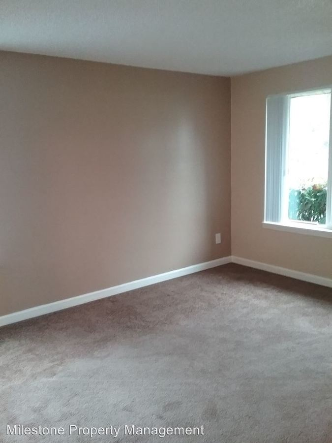 1 Bedroom 1 Bathroom Apartment for rent at Somerset West 18205 Nw Bronson Road in Portland, OR