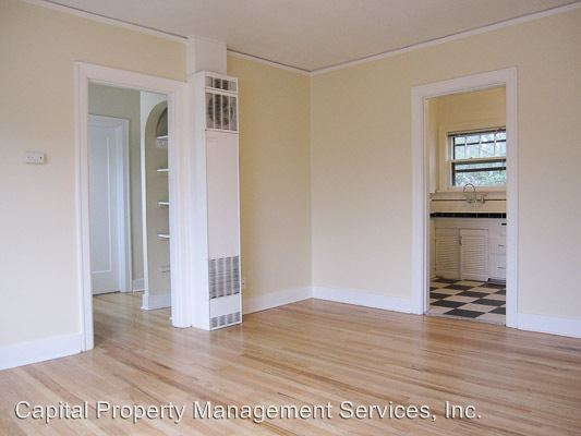 1 Bedroom 1 Bathroom Apartment for rent at 3035 Ne Pacific St in Portland, OR