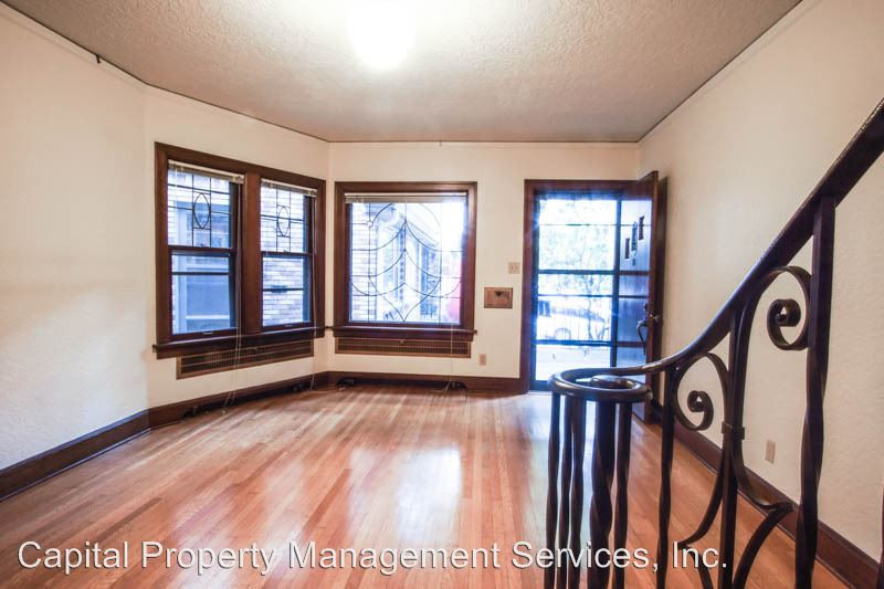 2 Bedrooms 1 Bathroom Apartment for rent at 912 Sw Vista Ave in Portland, OR