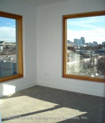 2 Bedrooms 2 Bathrooms Apartment for rent at 1919 Nw Quimby St in Portland, OR