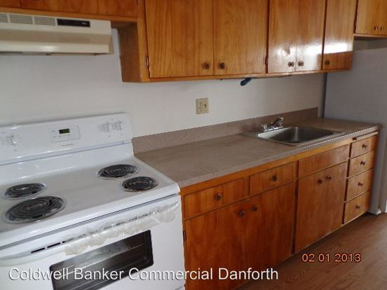 2 Bedrooms 1 Bathroom Apartment for rent at 15500 2nd Avenue S in Burien, WA