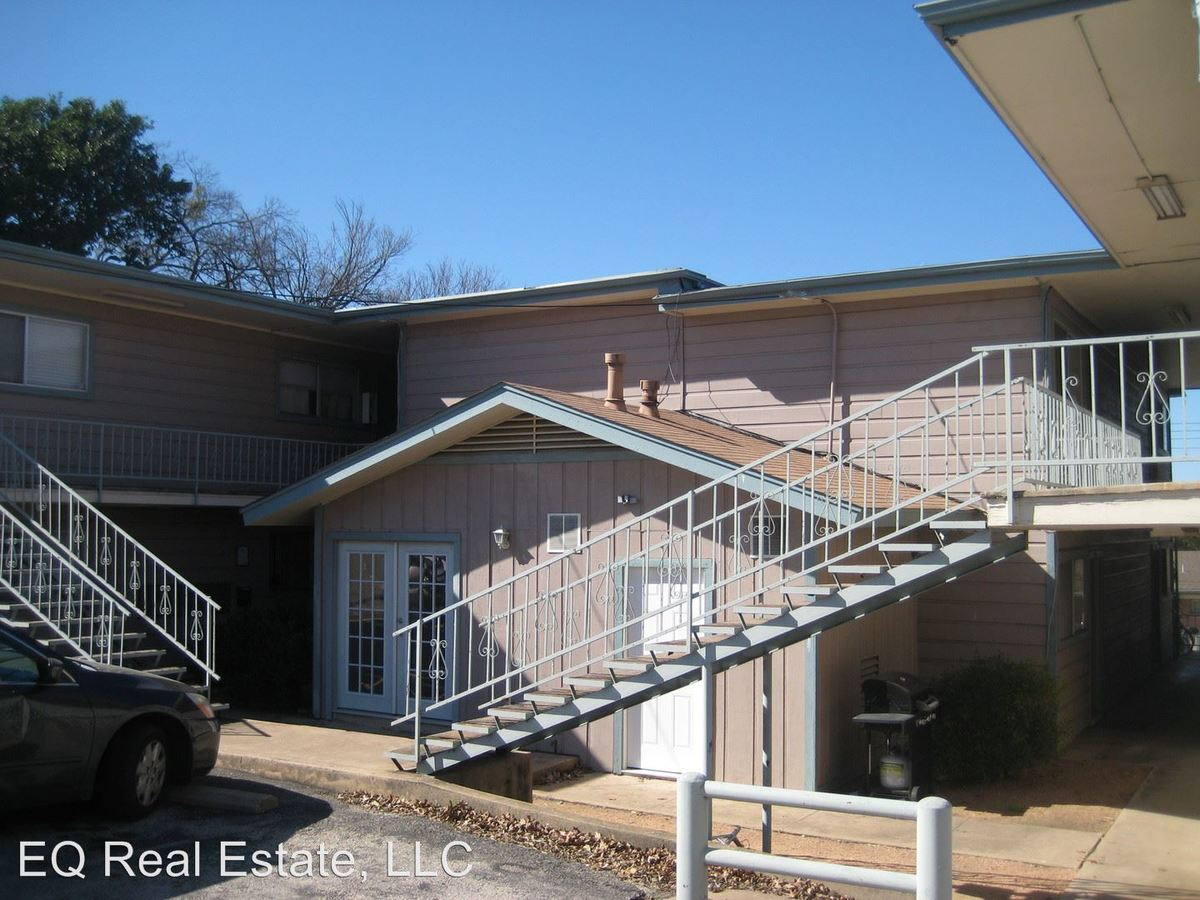 1 Bedroom 1 Bathroom Apartment for rent at 924 E. Dean Keeton Street in Austin, TX