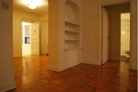 2 Bedrooms 1 Bathroom Apartment for rent at Park Lane in Milwaukee, WI