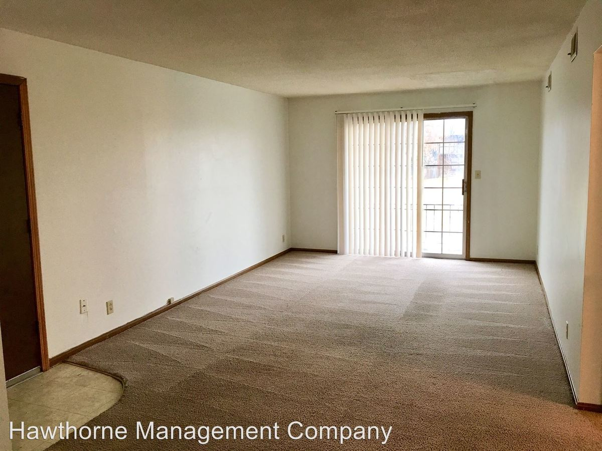 2 Bedrooms 1 Bathroom Apartment for rent at 3400 Balboa in Columbia, MO