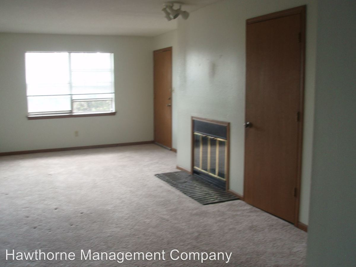 2 Bedrooms 2 Bathrooms Apartment for rent at 4000 Hyde Park in Columbia, MO