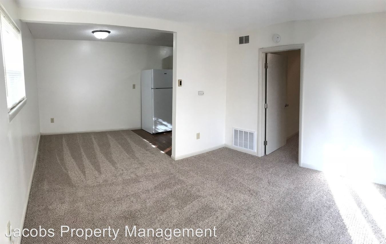 1 Bedroom 1 Bathroom Apartment for rent at 6200 N East Circle in Columbia, MO