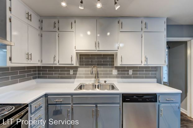 2 Bedrooms 1 Bathroom Apartment for rent at 3693 3735 Embry Circle in Chamblee, GA