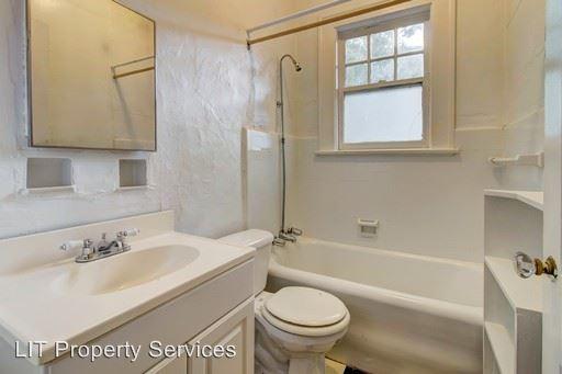 1 Bedroom 1 Bathroom Apartment for rent at 860 Briarcliff Road in Atlanta, GA