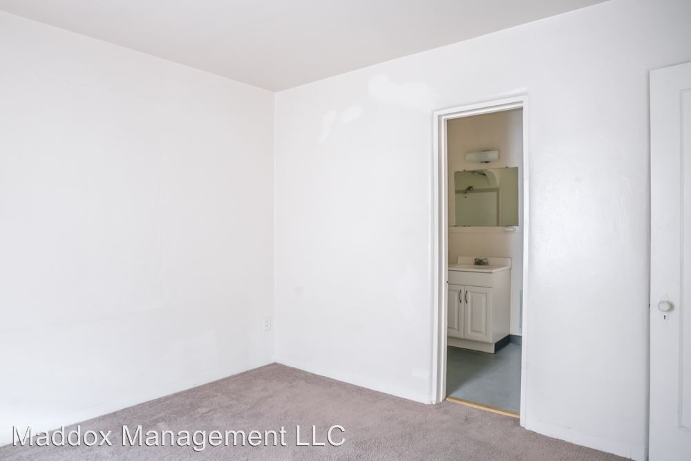 1 Bedroom 1 Bathroom Apartment for rent at 2121 Gold Ave Se in Albuquerque, NM