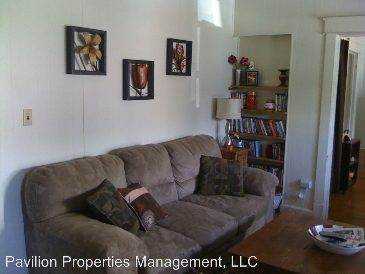 1 Bedroom 1 Bathroom Apartment for rent at 420 S. Fess in Bloomington, IN