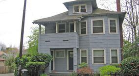 Similar Apartment at 2430 & 2432 Se Morrison Street