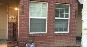 Similar Apartment at 12111 Se Harold Street