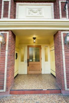 1 Bedroom 1 Bathroom Apartment for rent at 1424 Sw Montgomery Street in Portland, OR