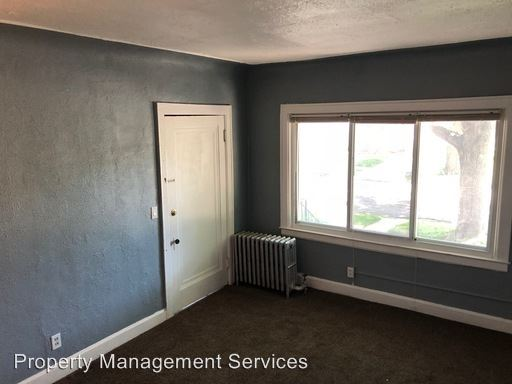 1 Bedroom 1 Bathroom Apartment for rent at 1205 Garfield Ave in Lincoln Park, MI