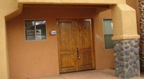Similar Apartment at 446 N. Campbell