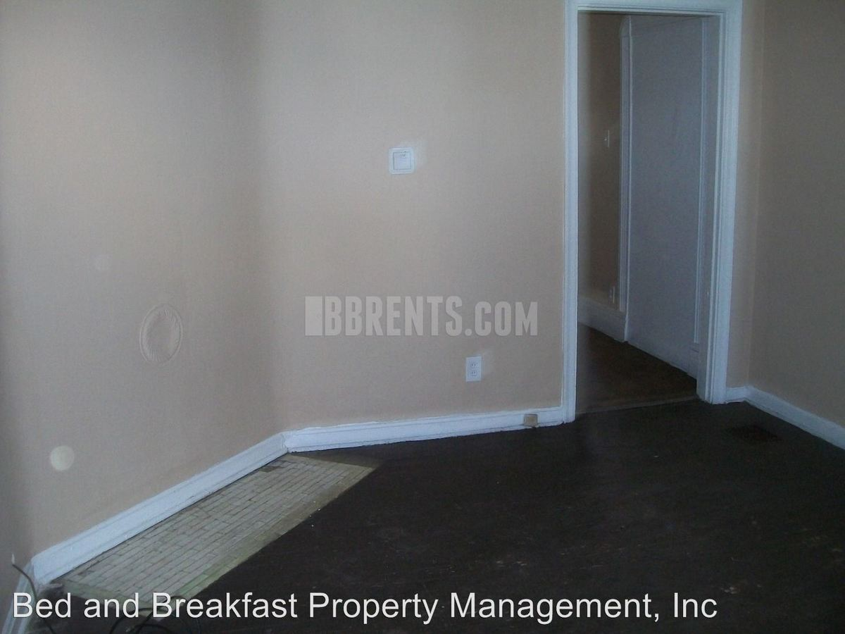 2 Bedrooms 1 Bathroom Apartment for rent at 722 East Avenue, in Hamilton, OH