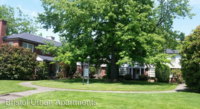 Similar Apartment at 7905 Sw Cedar St 42