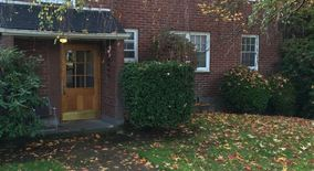 Similar Apartment at 5420 Ne Sandycrest Terrace,